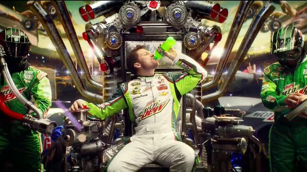 Diet Mountain Dew TV Spot, 'Living Portrait' Featuring Dale Earnhardt, Jr. - Screenshot 3