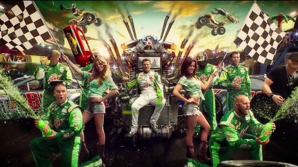 Diet Mountain Dew TV Spot, 'Living Portrait' Featuring Dale Earnhardt, Jr. - Screenshot 4