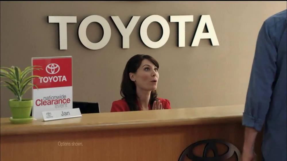 Toyota Nationwide Clearance TV Spot, 'Clarence' - Screenshot 3