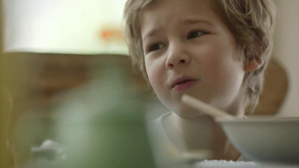 Cheerios TV Spot, 'Breakfast with Nana' - Screenshot 6