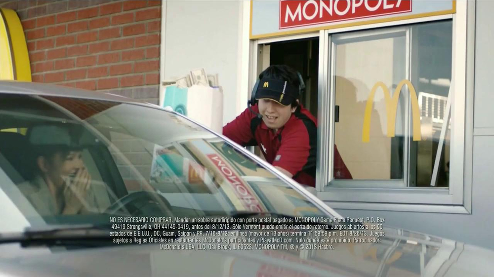 McDonald's Monopoly TV Spot, 'Premios' [Spanish] - Screenshot 4