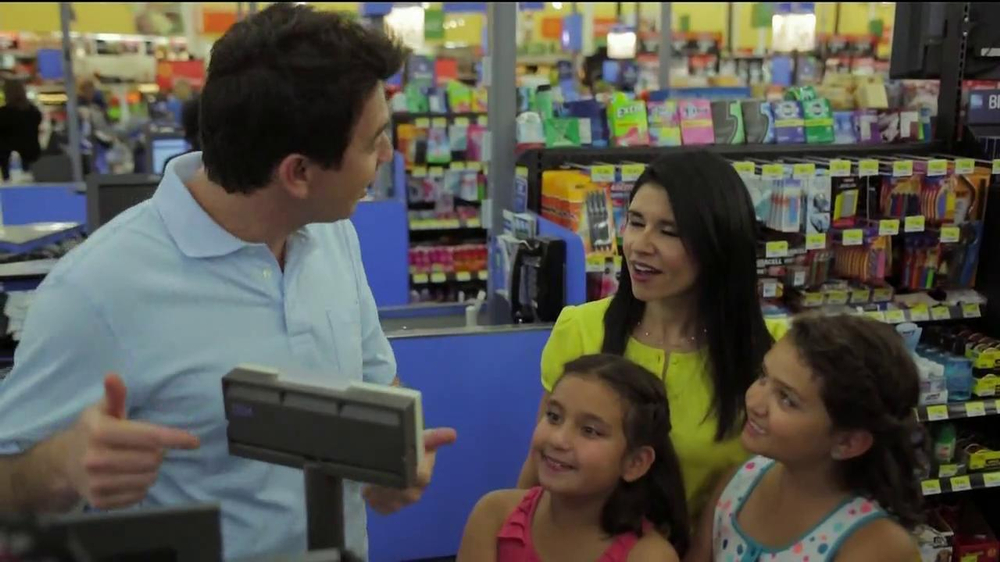 Walmart TV Spot, 'The Vannas' - Screenshot 9
