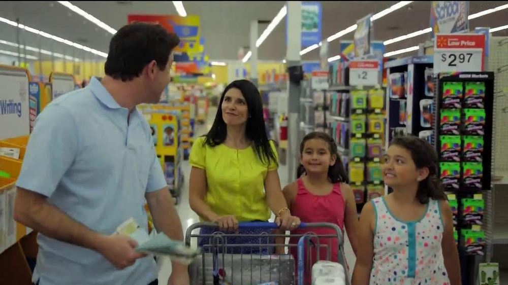 Walmart TV Spot, 'The Vannas' - Screenshot 8
