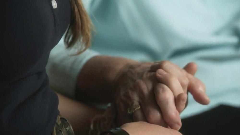 Bank of America TV Spot, 'Hughes Family' Song by Lucinda Williams - Screenshot 8