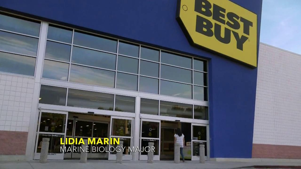 Best Buy TV Spot, 'Lidia Marin' - Screenshot 2