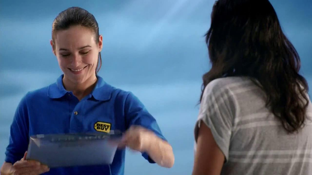 Best Buy TV Spot, 'Lidia Marin' - Screenshot 9