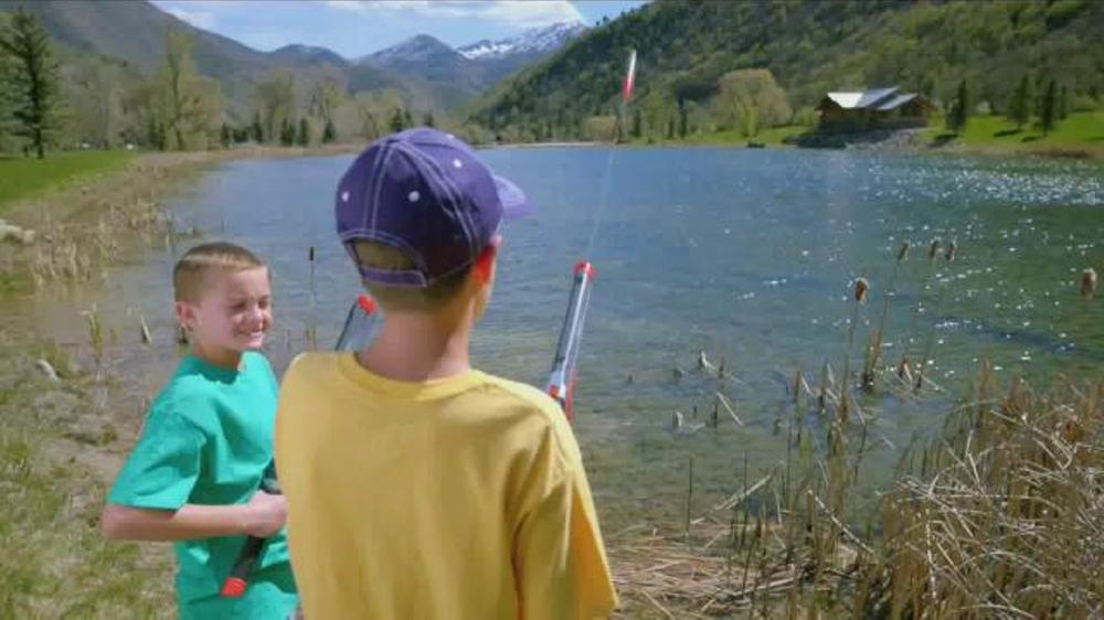 Rocket fishing rod tv spot 39 fishing fun for the kids for Rocket fishing pole