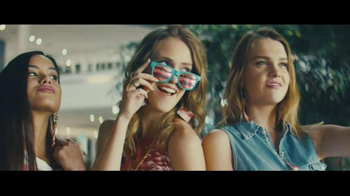 Taco Bell Bacon Club Chalupa TV Spot, 'Bacon Mall' thumbnail