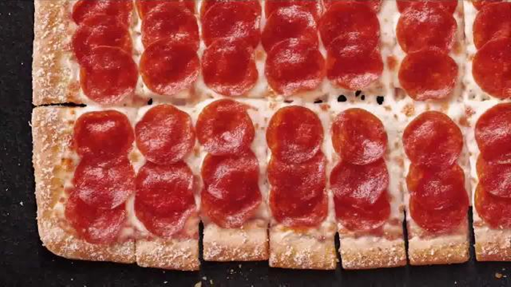 Mazzio's is the place where pizza is at home! Choose to eat like a king without spending too much. With the promotional code given, you can take the free Cinnamon Sticks With Any Pizza .