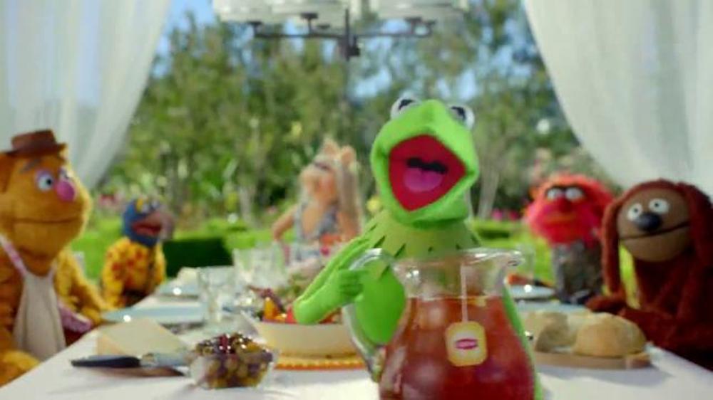 Lipton Iced Tea TV Spot, 'Lipton Helps the Muppets' - Screenshot 4