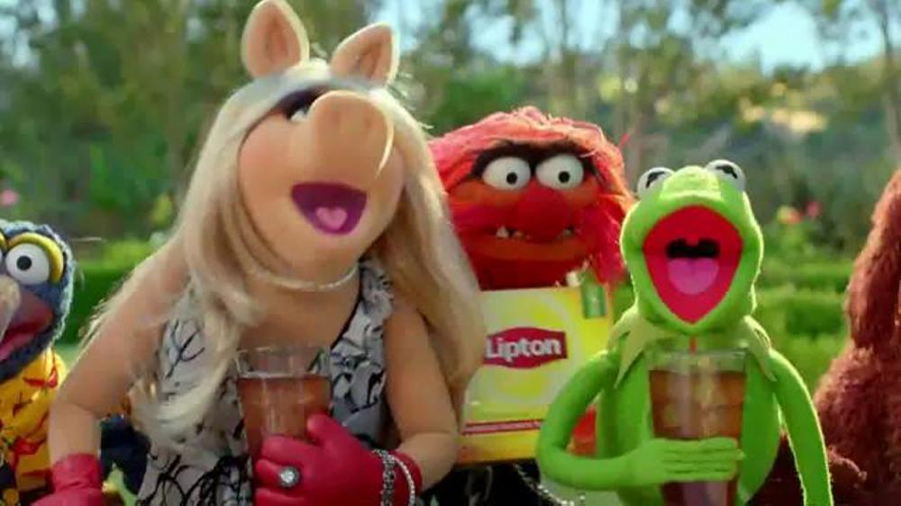 Lipton Iced Tea TV Spot, 'Lipton Helps the Muppets' - Screenshot 9