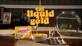 Velveeta Shells & Cheese TV Spot, 'Witness Protection Guy' thumbnail