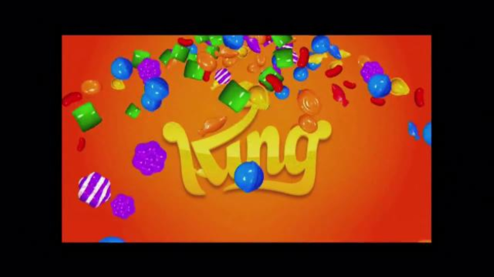 Candy Crush Saga TV Spot, 'Color Bomb' - Screenshot 2
