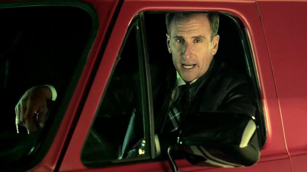 Quicken Loans TV Spot, 'Save Your Money Car Chase' - Screenshot 10