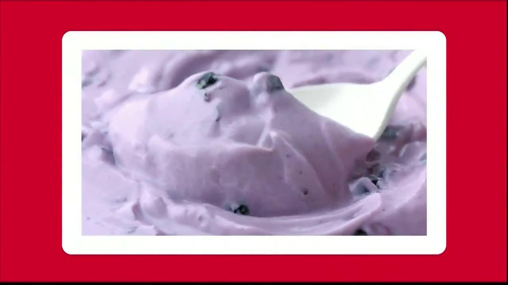 Yoplait Blueberry Greek Yogurt TV Spot, 'Taste-Off' - Screenshot 10