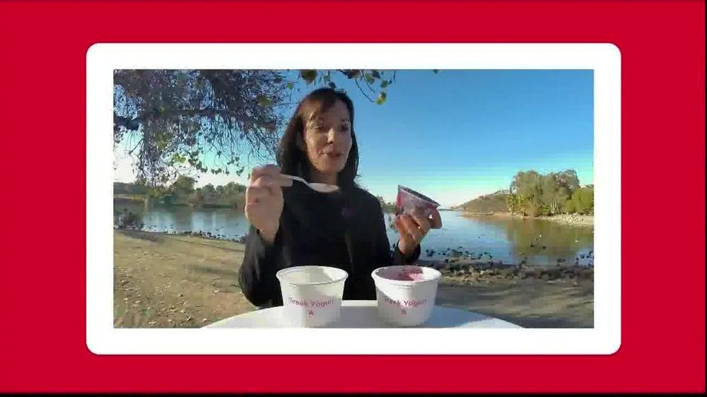 Yoplait Blueberry Greek Yogurt TV Spot, 'Taste-Off' - Screenshot 8