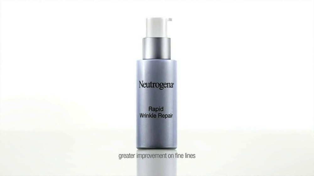 Neutrogena Rapid Wrinkle Repair TV Spot Featuring Julie Bowen - Screenshot 5
