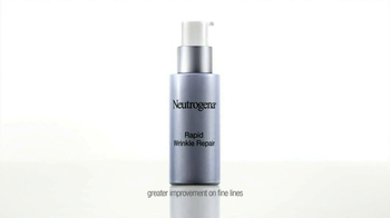 Neutrogena Rapid Wrinkle Repair TV Spot Featuring Julie Bowen - Thumbnail 5