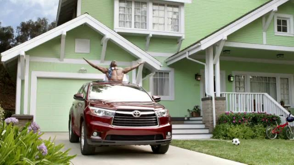 Toyota Highlander Super Bowl 2014 TV Spot Feat. The Muppets, Terry Crews - Screenshot 9