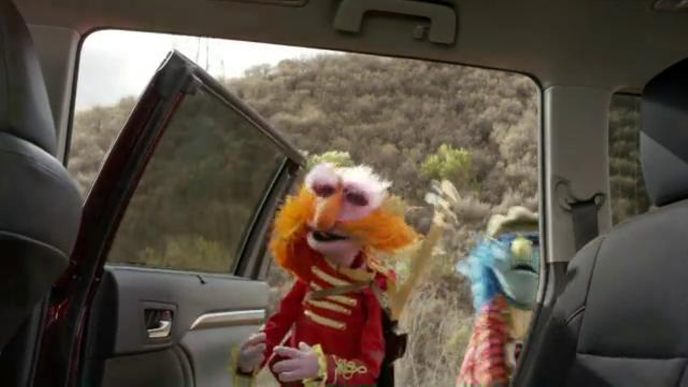 Toyota Highlander Super Bowl 2014 TV Spot Feat. The Muppets, Terry Crews - Screenshot 2