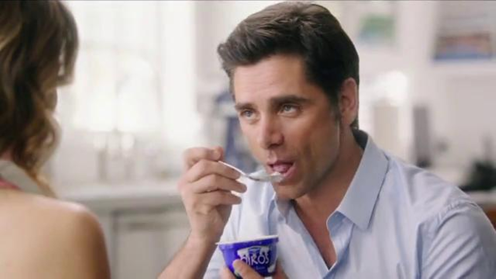 Dannon Oikos Super Bowl 2014 TV Spot, 'The Spill' Feat. John Stamos - Screenshot 3