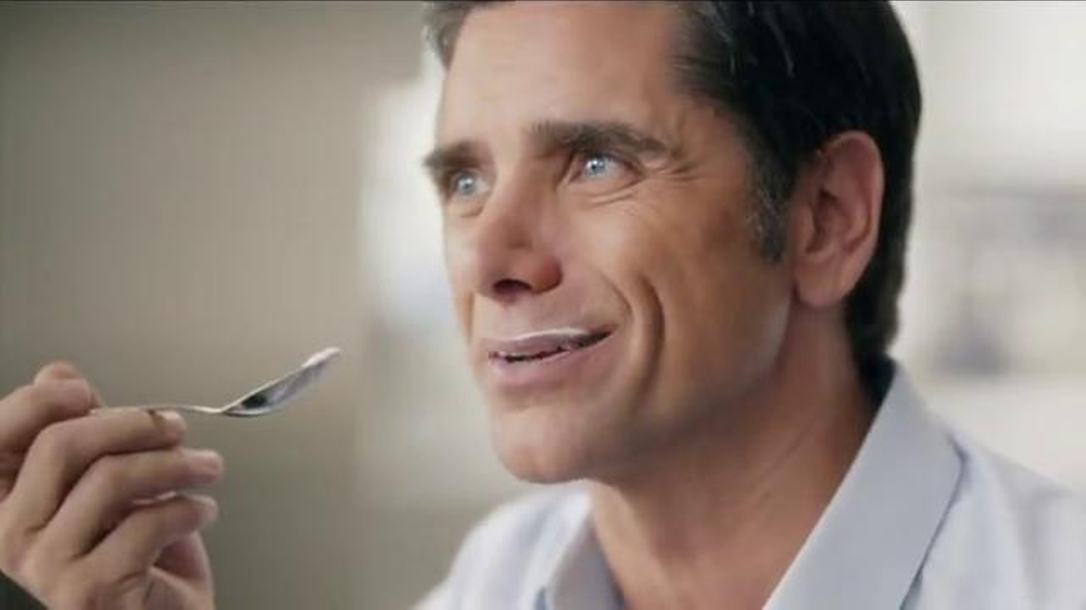 Dannon Oikos Super Bowl 2014 TV Spot, 'The Spill' Feat. John Stamos - Screenshot 4