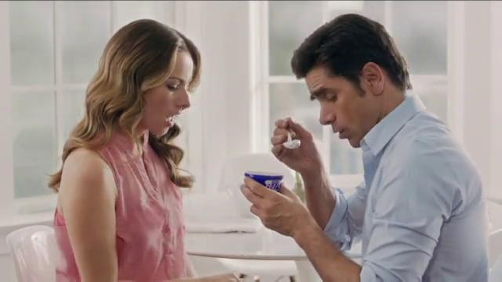 Dannon Oikos Super Bowl 2014 TV Spot, 'The Spill' Feat. John Stamos - Screenshot 6