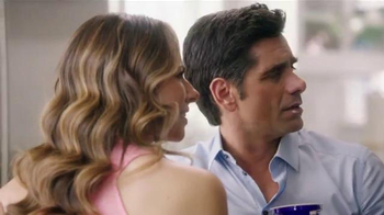 Dannon Oikos Super Bowl 2014 TV Spot, 'The Spill' Feat. John Stamos - Thumbnail 9