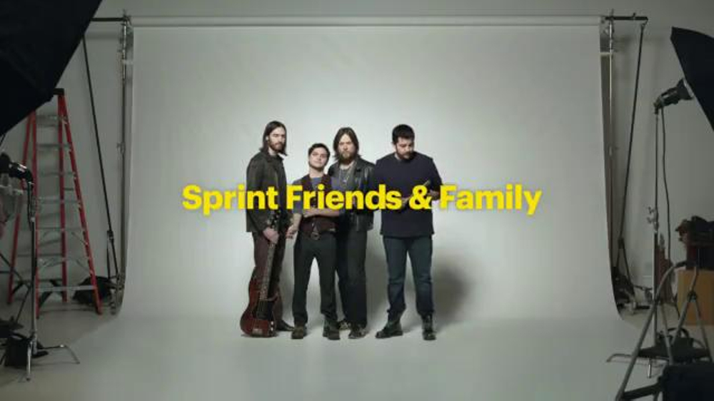 Sprint Framily Plan Super Bowl 2014 TV Spot, 'Band' - Screenshot 1
