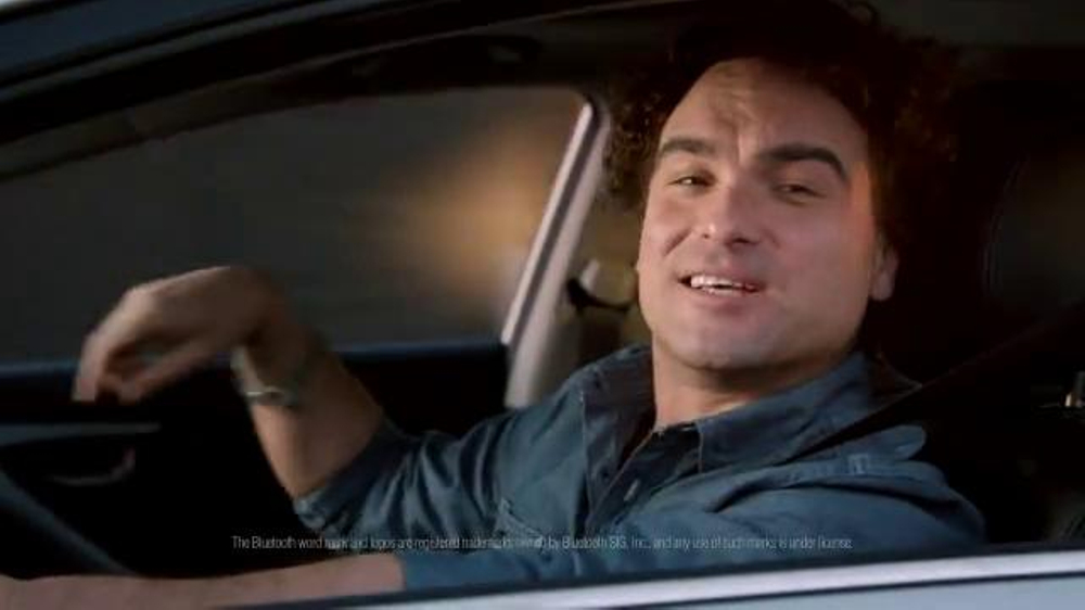 Hyundai Super Bowl 2014 TV Spot, 'Nice' Featuring Johnny Galecki - Screenshot 9
