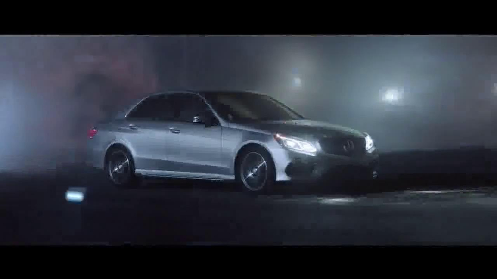 2014 mercedes benz e350 tv commercial 39 science 39 for Mercedes benz commercial