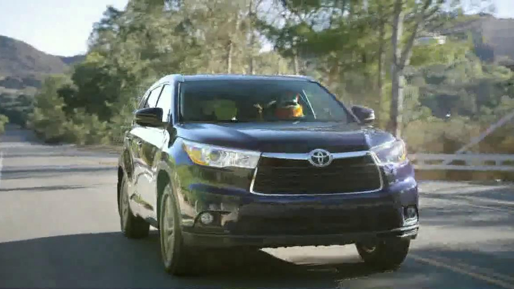Toyota TV Spot, 'No Room for Boring' Featuring The Muppets - Screenshot 6
