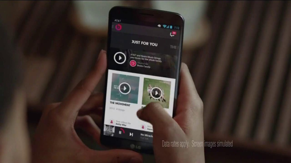 AT&T Beats Music TV Spot, 'Family Gathering' Ft. Rev Run, Song by Run-DMC - Screenshot 2