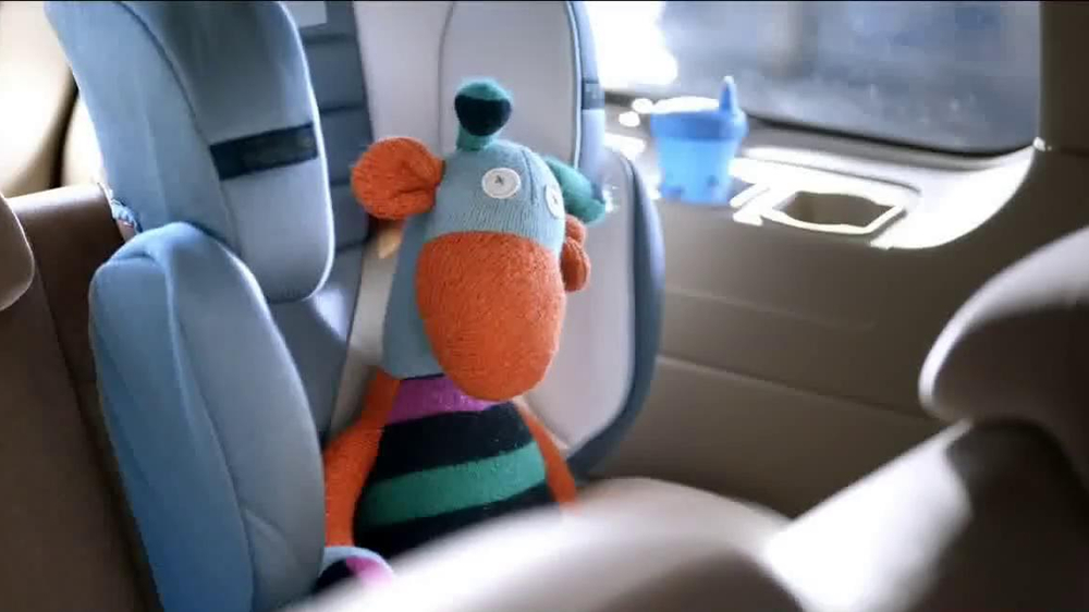 Chase Freedom Card TV Spot, 'At the Pumps' - Screenshot 1