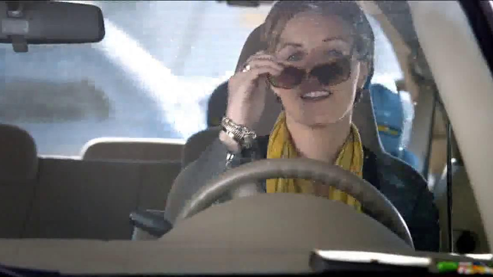 Chase Freedom Card TV Spot, 'At the Pumps' - Screenshot 7