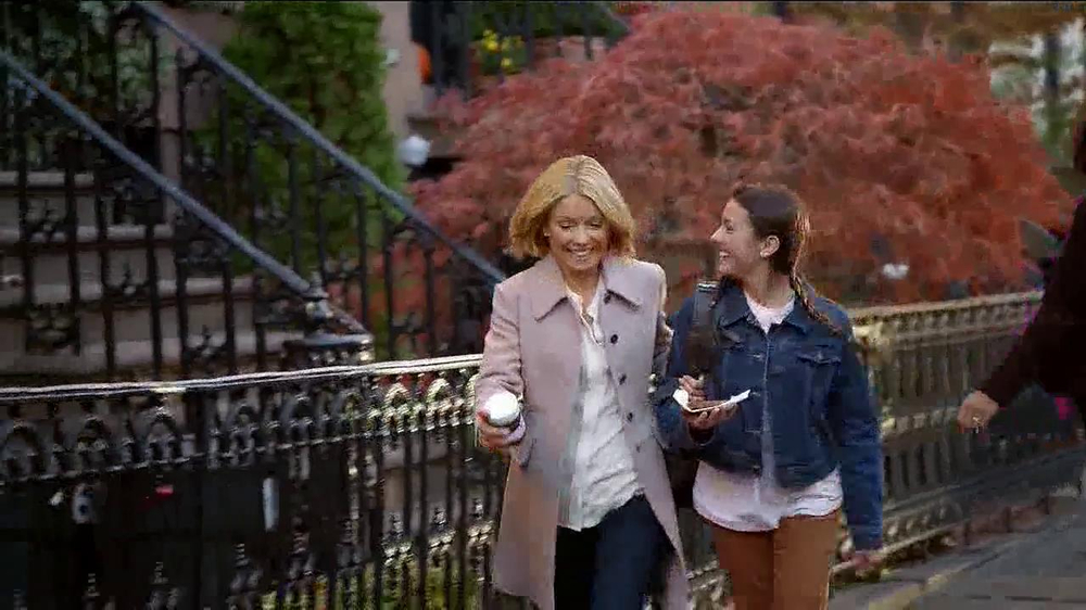 Jif Chocolate Hazelnut Spread TV Spot Featuring Kelly Ripa - Screenshot 5