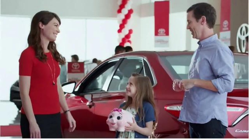 Toyota Annual Clearance Event TV Spot, 'Piggy Bank' - iSpot.tv