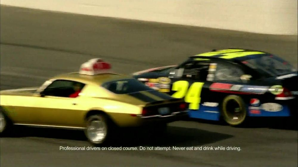 Papa John's TV Spot For Pepsi Max Featuring Jeff Gordon - Screenshot 1