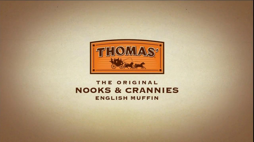 Thomas' TV Spot For Mother And Daughter English Muffins - Screenshot 7