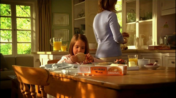 Thomas' TV Spot For Mother And Daughter English Muffins - Thumbnail 1