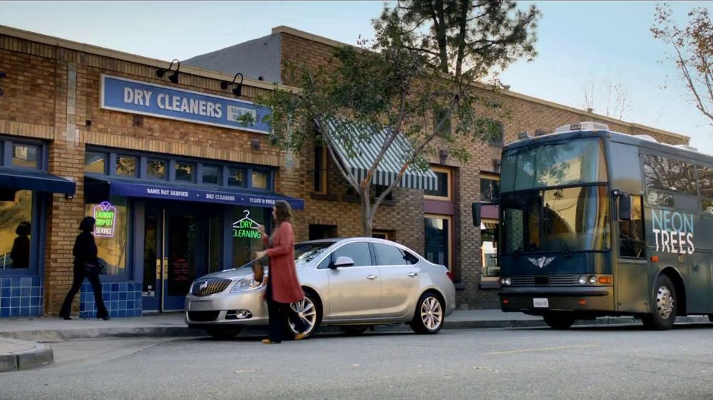 2012 Buick Verano TV Spot, 'Tour Bus' Featuring The Neon Trees - Screenshot 1