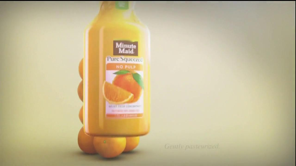 Minute Maid Pure Squeezed TV Spot 'Jealous Orange' Featuring Ty Burrell - Screenshot 7