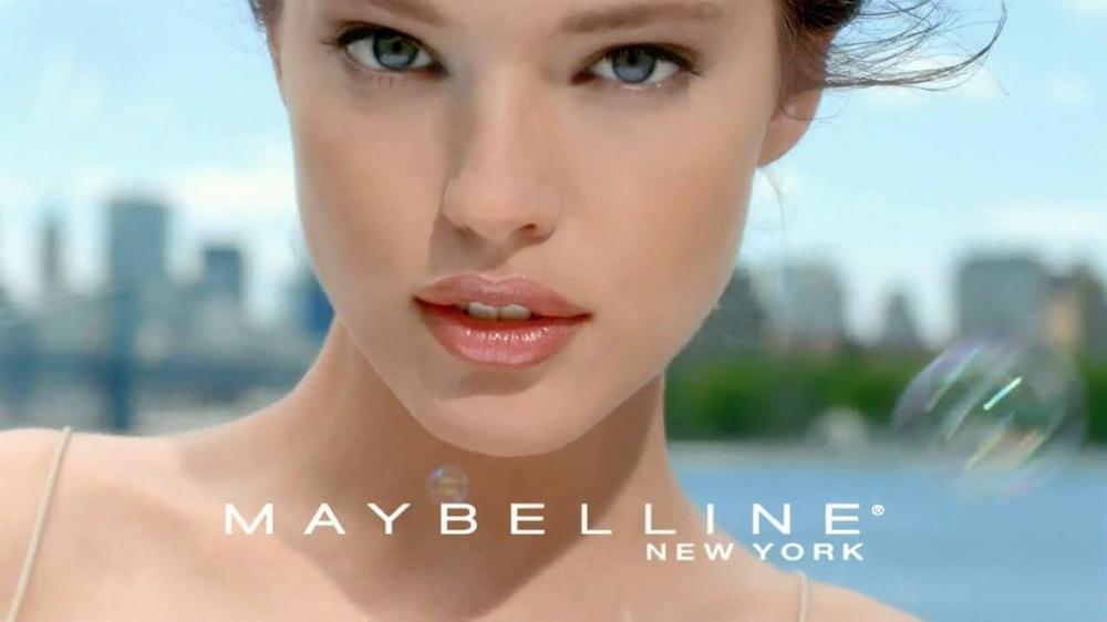 Matte Foundation - Even Skin Tone - Maybelline
