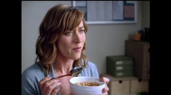 Honey Nut Cheerios TV Spot, 'Insect Wall' - Thumbnail 6