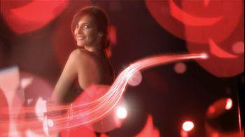 Olay TV Spot Regenerist Anti-Aging Eye Roller, 'Wake Up Time' - Thumbnail 8