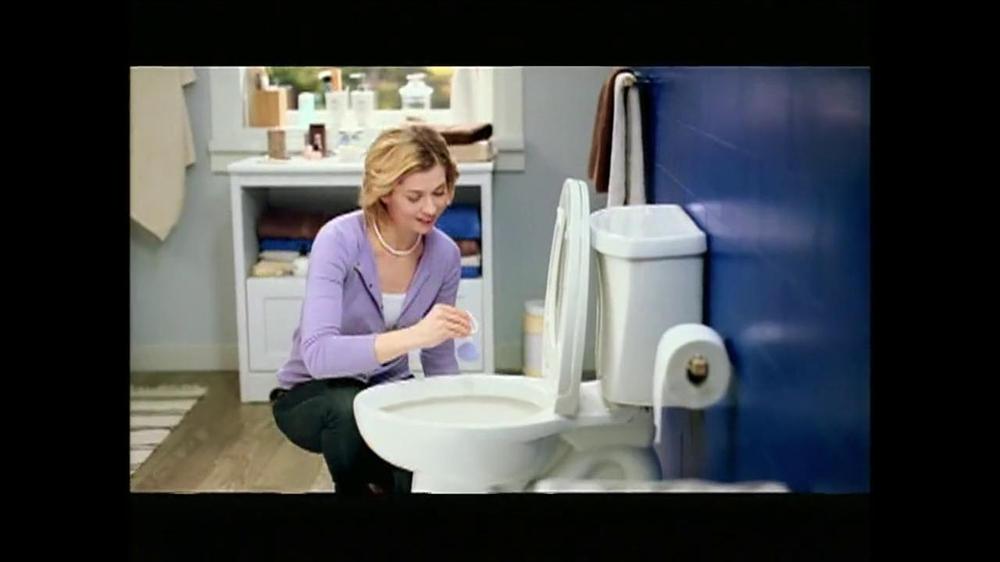Lysol power toilet bowl cleaner tv commercial 39 no toilet for Commercial bathroom cleaner