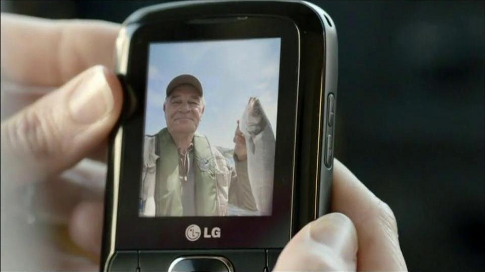 TracFone TV Spot For Everywhereness - Screenshot 7