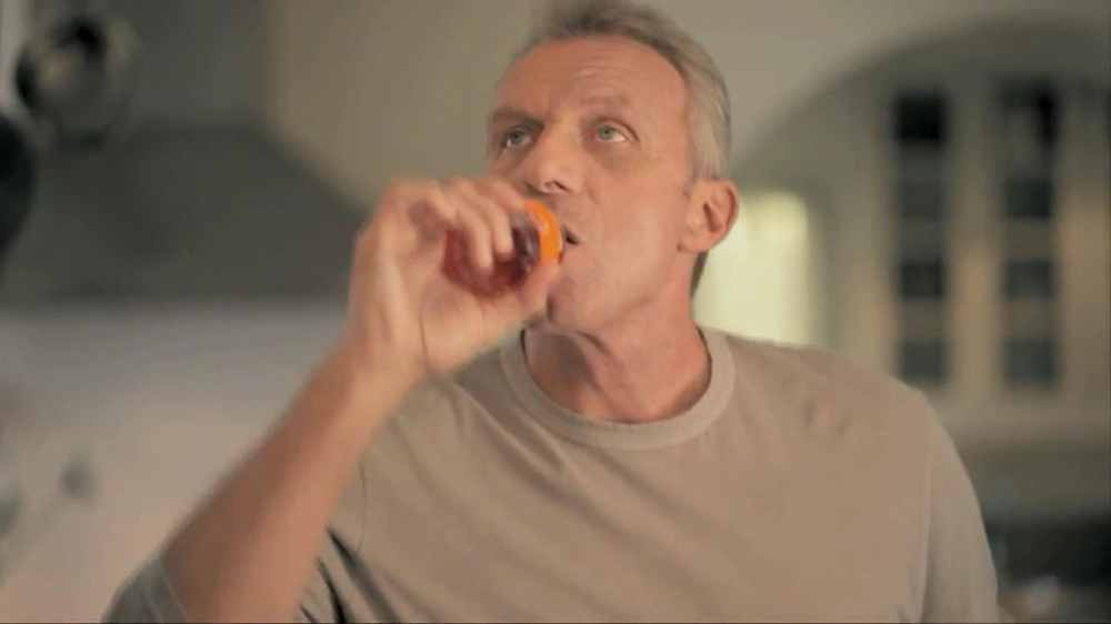 Joint Juice TV Spot Featuring Joe Montana - Screenshot 2