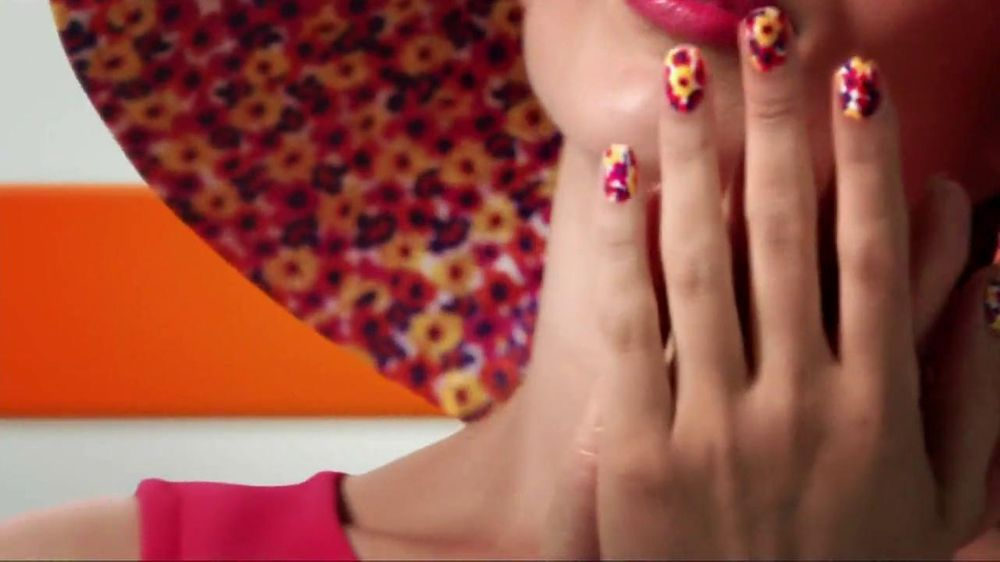 Sally hansen tv commercial for salon effects nail polish for A spot nail salon