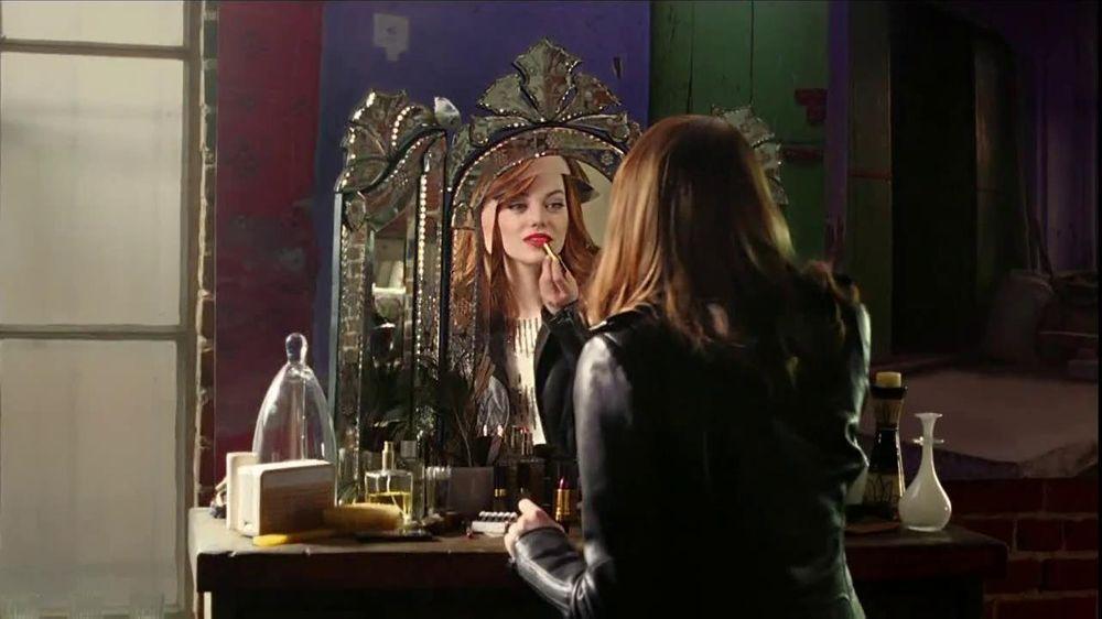 Revlon TV Commercial For Super Lustrous Lipstick Featuring